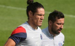 PSG sancionará a Cavani y Lavezzi por regresar tarde a Francia