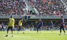 Neymar deleitó a hinchas de Barcelona con 5 goles en práctica