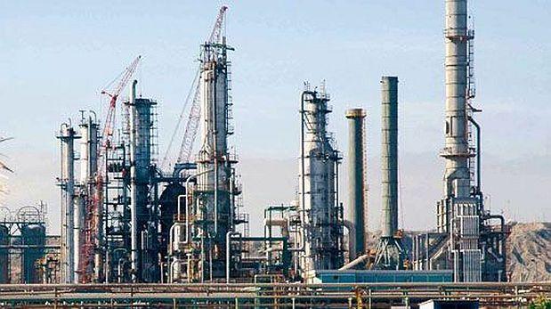 Petro-Perú no ve riesgo en modernizar refinería de Talara