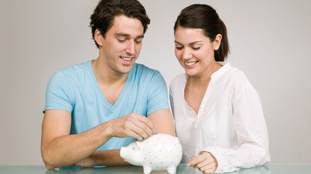 Cinco formas de ahorrar dinero en una relación