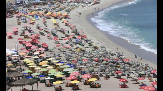 Detectan venta de alcohol y cobros indebidos en playas del sur