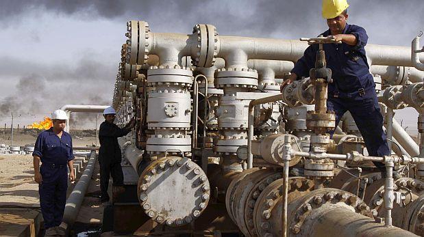 Petróleo sigue bajando ¿Cómo nos beneficia  y afecta?