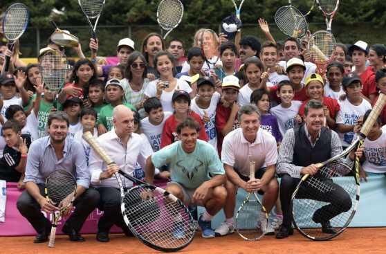 Nadal compartió conocimientos con 400 niños en Buenos Aires