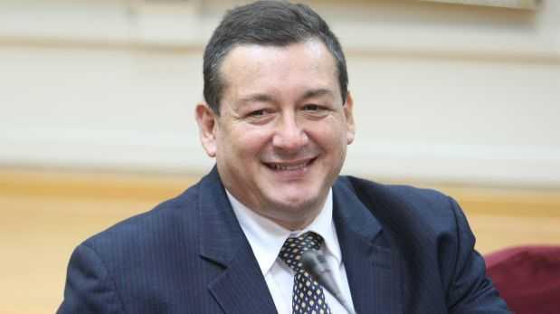 Rolando Reátegui asume presidencia de Comisión de Trabajo