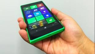 Probamos el Nokia Lumia 735, un gama media hecho para selfies