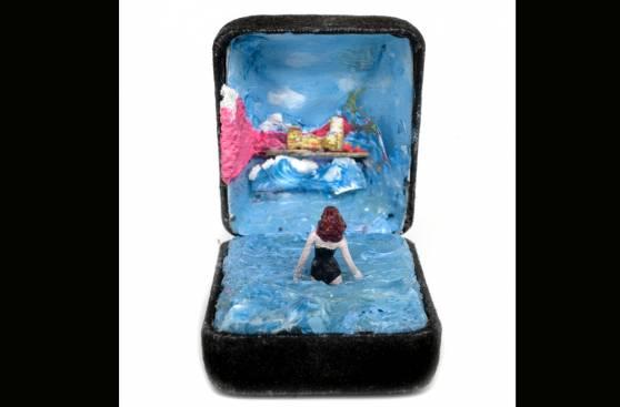 78a6390c ... Estas detalladas escenas se crearon dentro de cajas de joyería