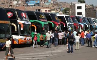 Huaicos: choferes dicen no conocer rutas alternas del MTC