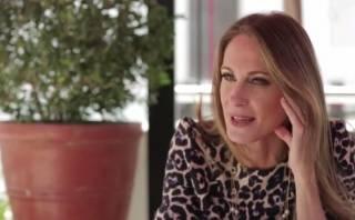 YouTube: Denisse Dibós es criticada por entrevista a Melcochita