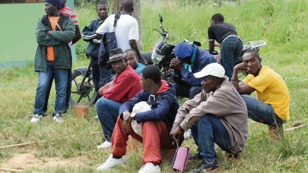 Cuatro mafias llevan haitianos ilegales hacia Tumbes y Piura