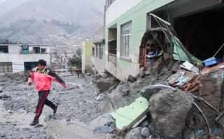 Chosica: damnificados irán a edificios cerca a La Cantuta