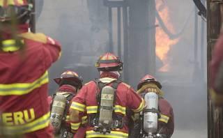 Denuncian pugnas internas entre altos mandos de los bomberos