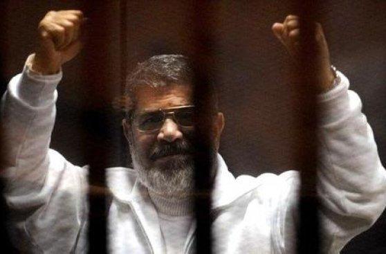 Egipto: ¿Cómo acabó condenado a muerte el ex presidente Mursi?