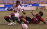 Universitario igualó 0-0 con Melgar en el Monumental