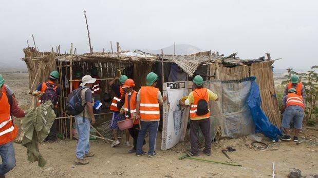 Invasores de la quebrada Santo Domingo fueron desalojados