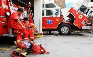 San Miguel: mujer bombero murió atropellada por una cúster