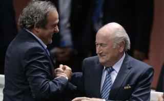Blatter reveló careo con Platini antes de la votación de FIFA