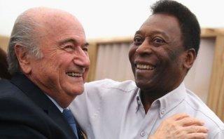 Pelé satisfecho por reelección de Joseph Blatter en la FIFA