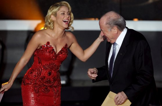 Blatter y algunas postales que dejó su mandato en la FIFA