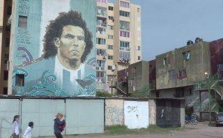 Duelo entre Messi y Tevez genera expectativa en Argentina