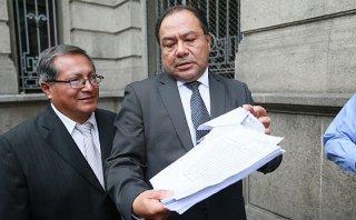 Defensa de Belaunde Lossio rechaza negociación por su silencio