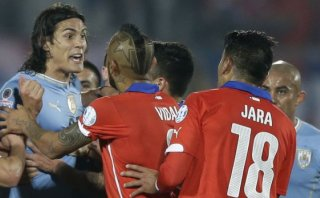 Uruguay denunciará al chileno Gonzalo Jara ante Conmebol
