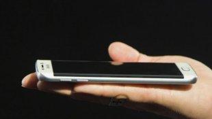 ¿Galaxy S6 o iPhone 6? Lo que revelan las cifras en el Perú