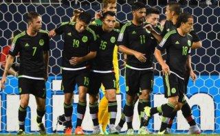 México goleó 6-0 a Cuba con triplete de Peralta en Copa de Oro
