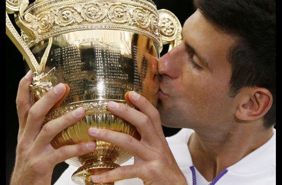Djokovic se coronó campeón de Wimbledon ante Federer (FOTOS)