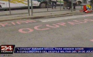 Lotizan Av. Brasil para alquilar espacios en desfile militar