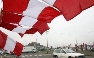 Chimbote: quienes no coloquen bandera peruana serán sancionados