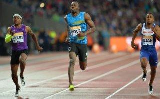 Bolt regresa con fuerza: ganó en Londres con marca de 9,87s