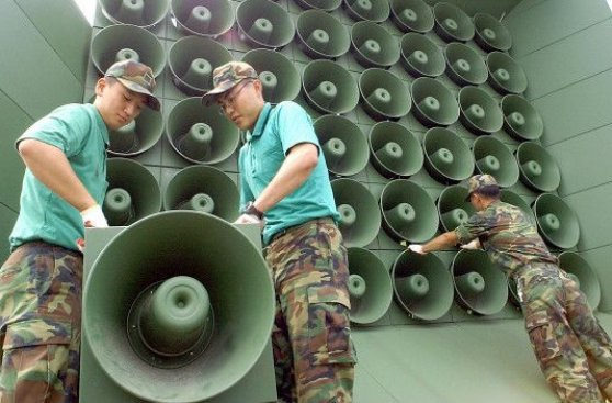 Qué dicen los parlantes que avivaron la crisis entre las Coreas