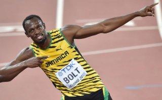 Usain Bolt ganó a Gatlin y retuvo título mundial de 100 metros