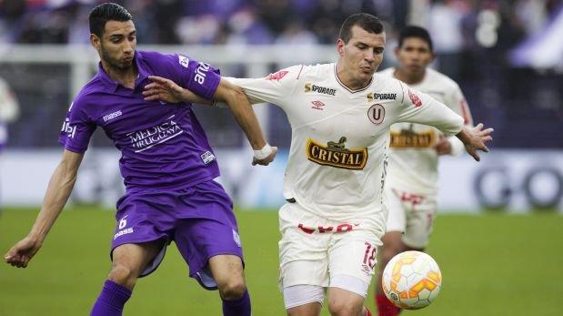 Universitario cayó 3-0 con Defensor Sporting en la Sudamericana