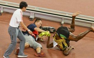 """Usain Bolt bromea sobre accidente: """"Dicen que Gatlin le pagó"""""""