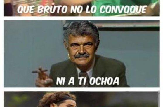 Memes de la no convocatoria de Dos Santos y Ochoa en México