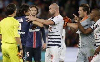 Cavani, protagonista de golazos y bronca en empate del PSG