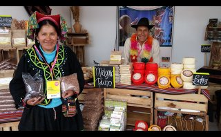 Mistura 2015: quinua negra y roja en el Gran Mercado [VIDEO]