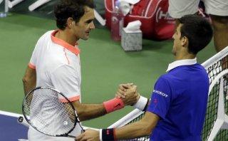 """Para Djokovic, Federer es """"el mejor jugador de la historia"""""""