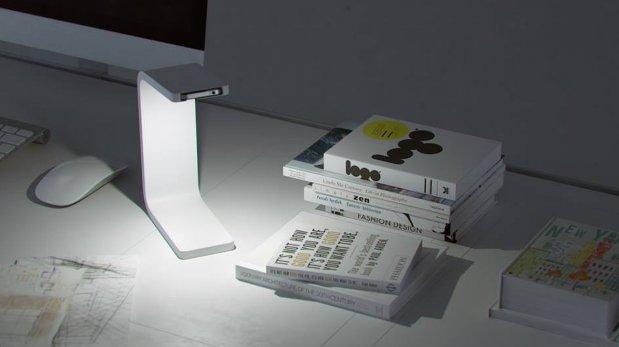 Convierte tu viejo iPhone en una lámpara con este diseño
