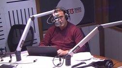 Locutor de radio transmite con mucha calma terremoto [VIDEO]