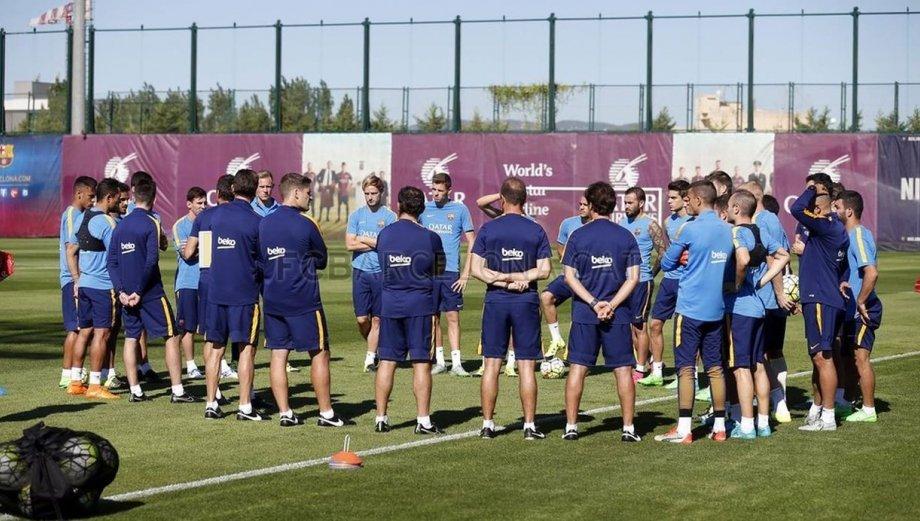 Barcelona entrenó a puertas cerradas para retornar a la Liga