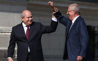 Cita de Cateriano y PPK marca reinicio de diálogo con partidos