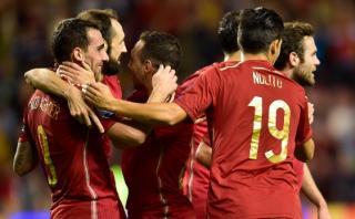 España goleó 4-0 a Luxemburgo y clasificó a la Eurocopa 2016
