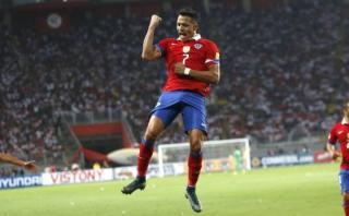 Alexis Sánchez tuvo este gesto con peruanos hinchas del Arsenal