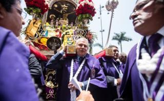 Señor de los Milagros: Castañeda distinguió a la sagrada imagen