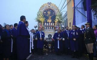 Señor de los Milagros realizó su tercer recorrido procesional