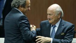 """Blatter culpa a Platini y EE.UU. por """"ataques"""" en su contra"""