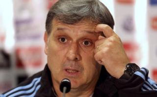 Martino cree que Brasil jugará al contraataque ante Argentina