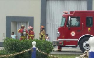 Chorrillos: bomberos controlaron fuga de gas en fábrica